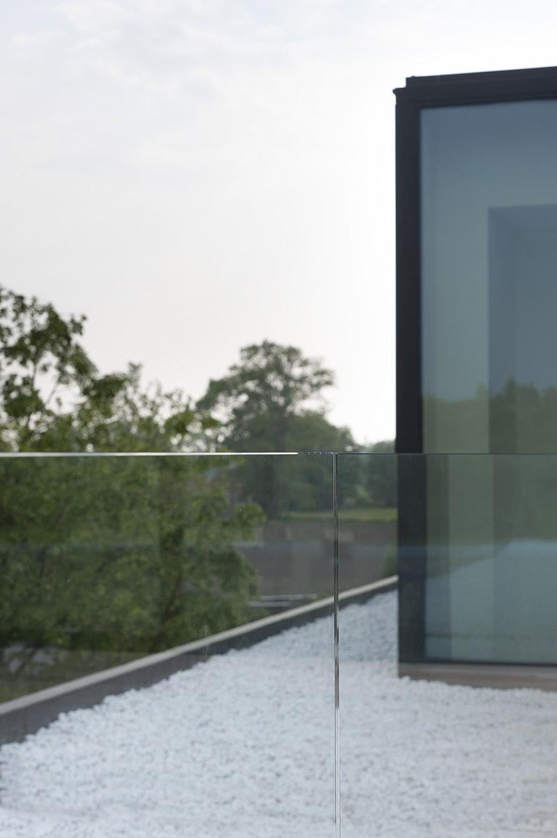 Dakappertement met glazen balustrade 03
