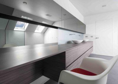 Douchewand en spiegels onder dak03