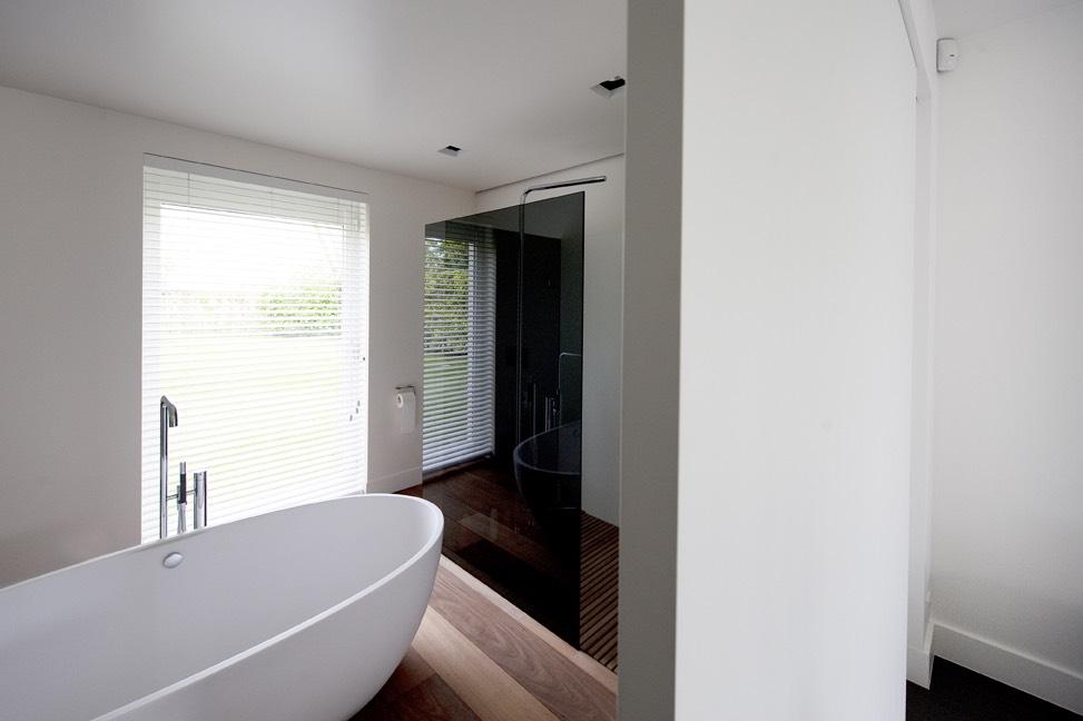 --> bekijk het project 'Zwarte douchewand