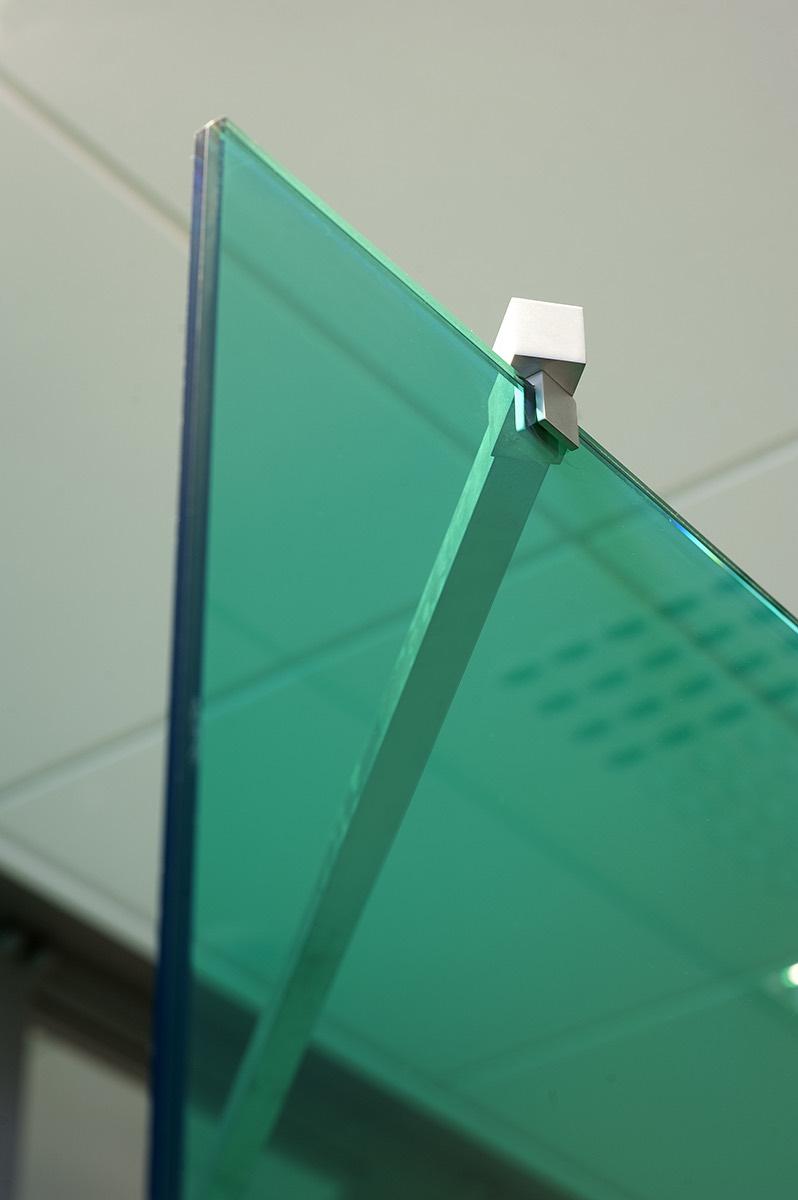 bureau met vanceva gekleurd glas 07