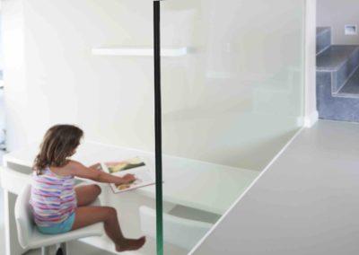 glazen balustrade in twee kleuren 02