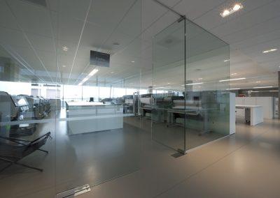 werkplaats met glazen wanden 01