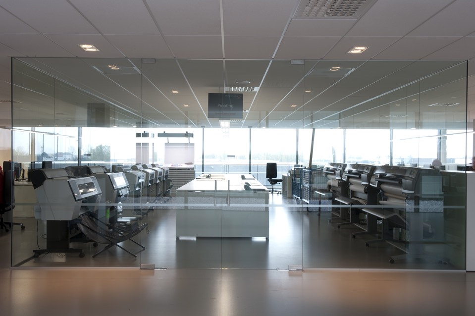 werkplaats met glazen wanden 03