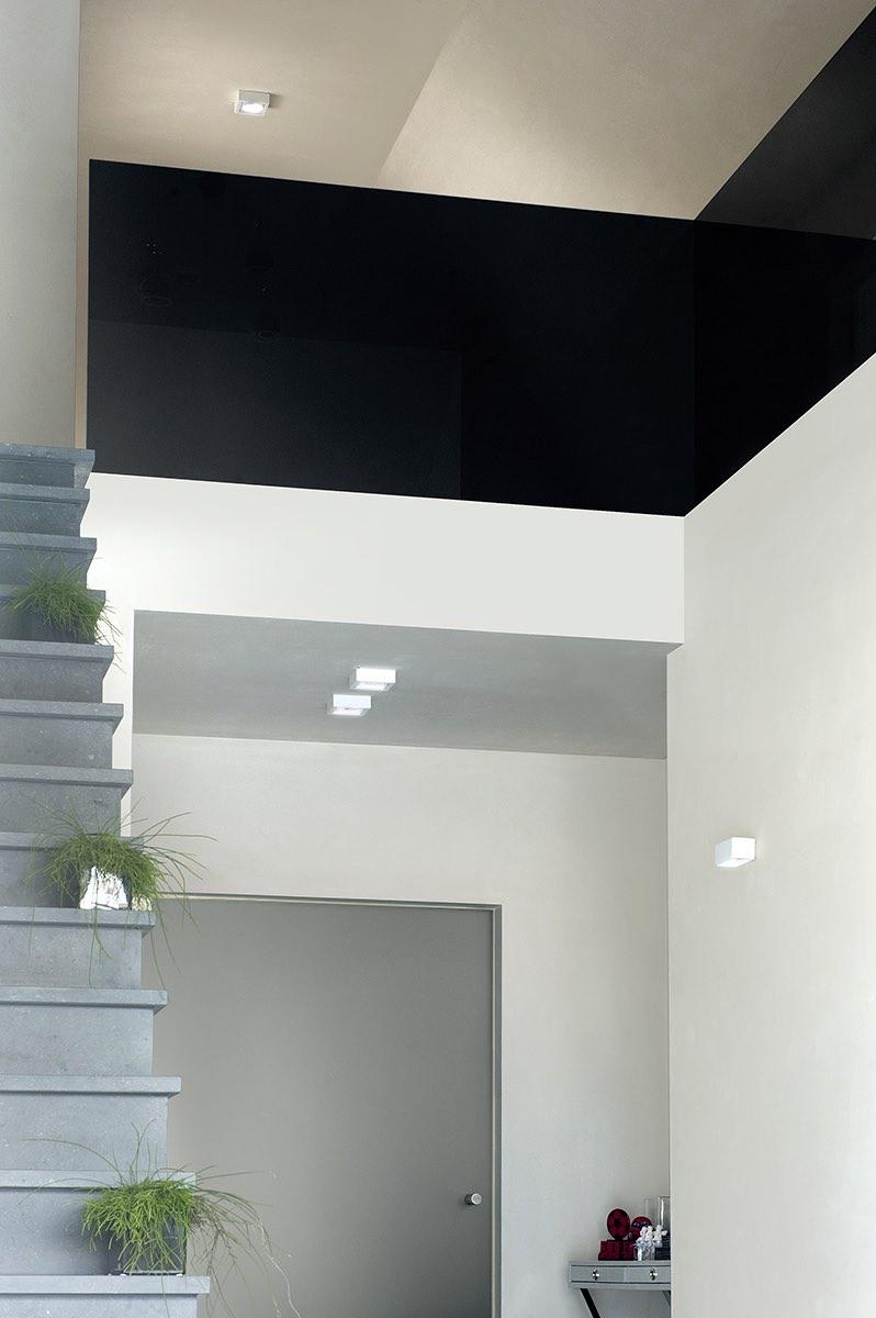 zwarte balustrade in lacobel in de gang 05